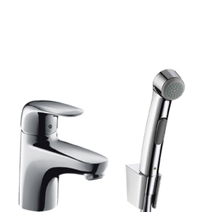 Смеситель для умывальника с гигиеническим душем Metris Е фото