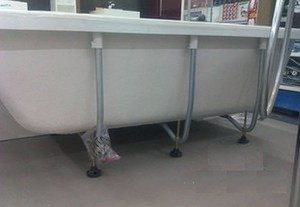 Ножки (комплект) для ванны акриловой угловой асимметричной Neon 170х75 см фото